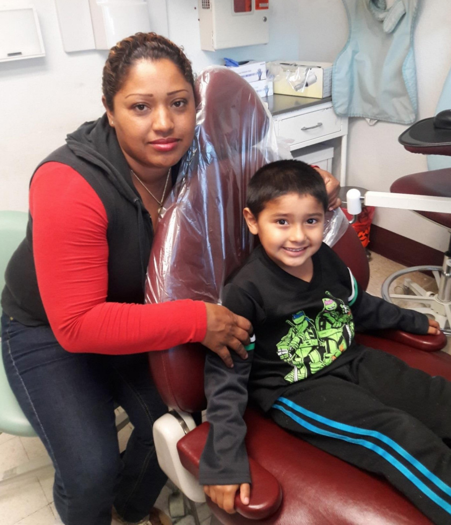 Yesenia relies on UnidosUS and Red Nose Day to help with her kids' dental care