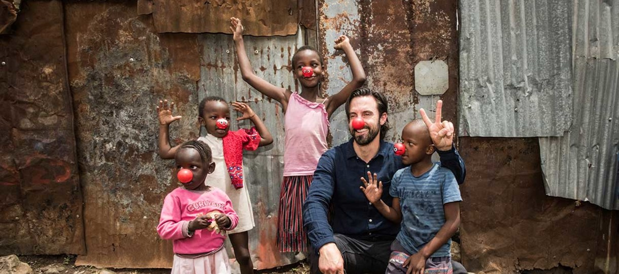 Milo Ventimiglia with children in Kenya