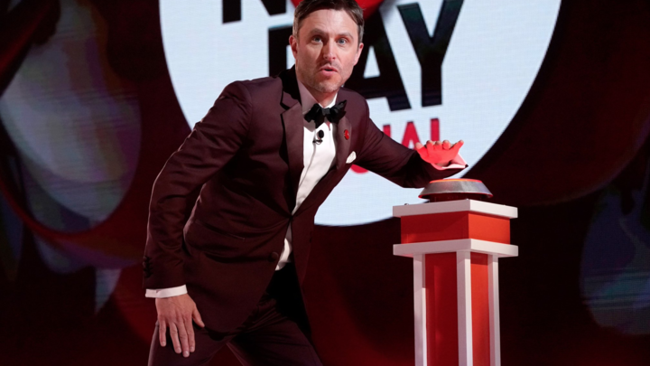 Chris Hardwick hosts the 2018 Red Nose Day special